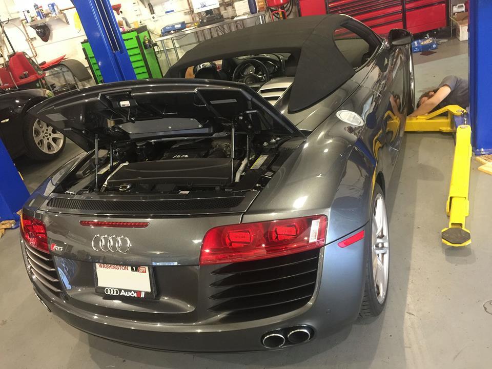 Audi 2012 R8 Spider